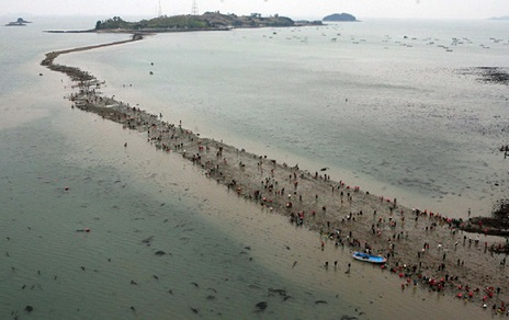Азия – Фестивал на разделящото се море