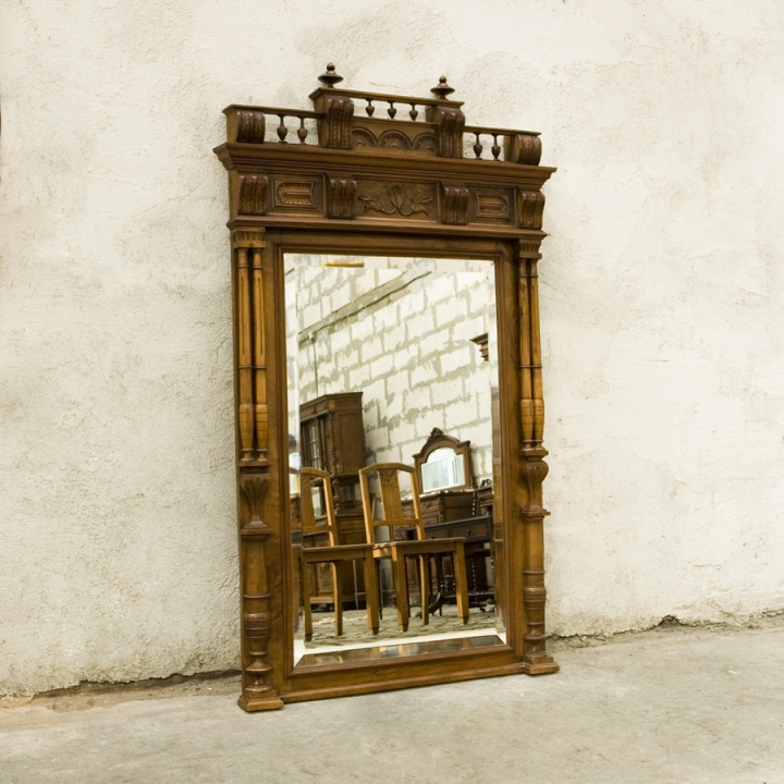 Огледало от периода на Ренесанса