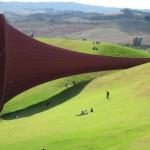 Dismemberment, 2009. Нова Зенландия. Материал стомана и опънат плат ; дължина 85 метра