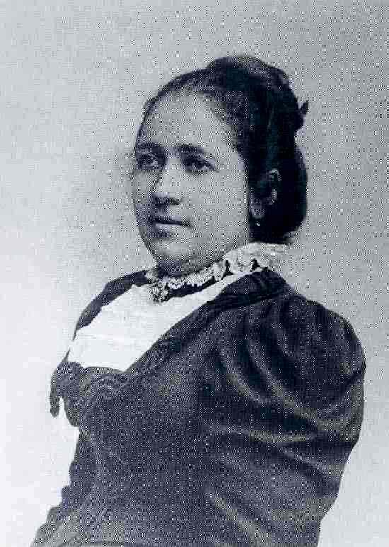 Елена Хитрова