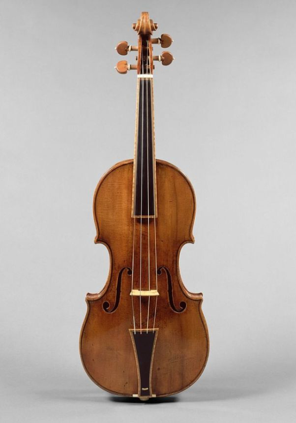 цигулка Страдивариус